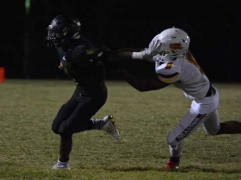 Football Teams Falls In Homecoming Game To Del Sol