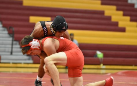 Wrestling Looking To Improve On Last Year